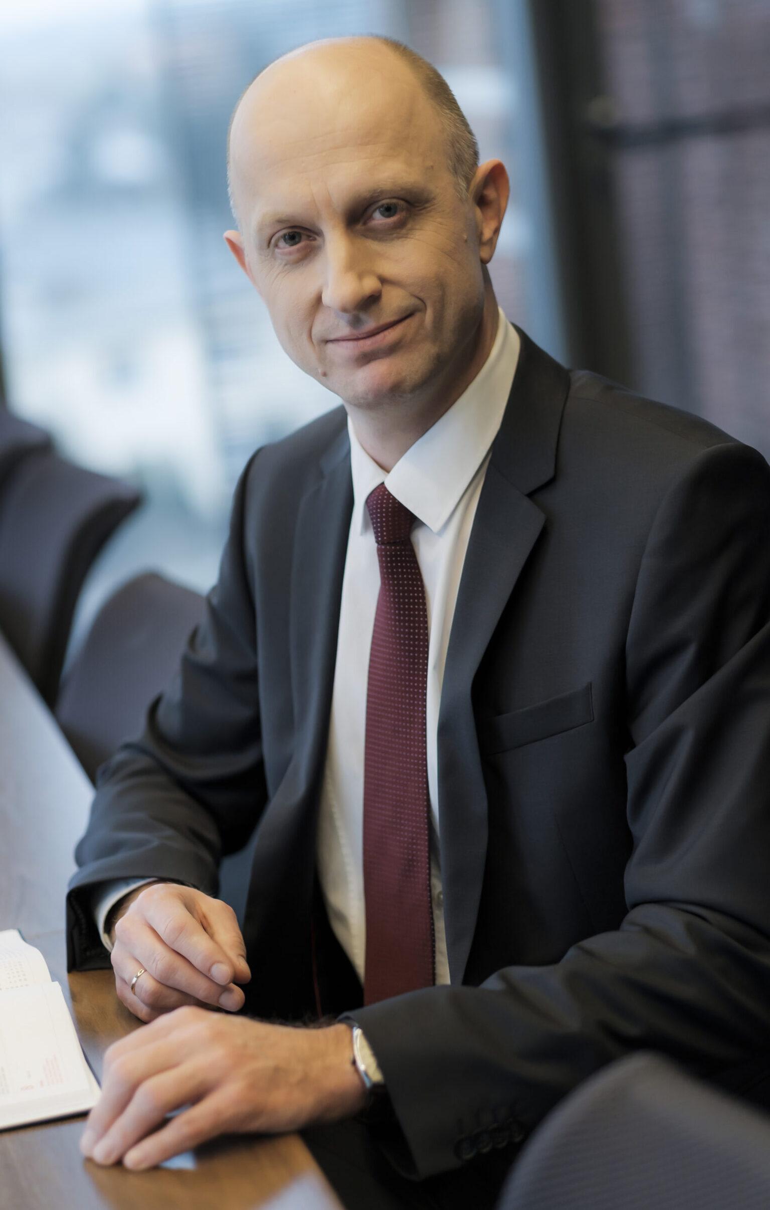 Dr Paweł Trębicki